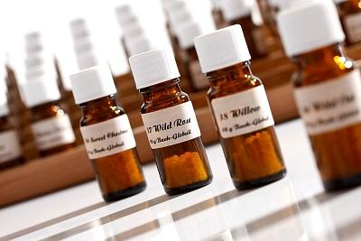 武汉治白斑病哪里好?颈部白癜风药物治疗有哪些注意事项?